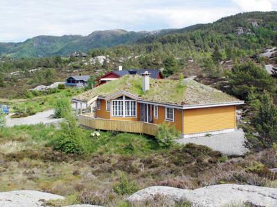 Ferienhaus mit Sauna (FJS289)