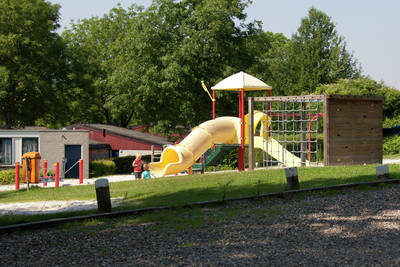 Bungalowpark Schin op Geul in Walem - Limburg, Nederland foto 11545
