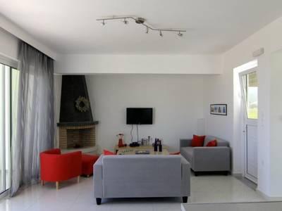 Tigaki Luxury Villa
