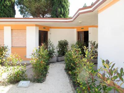 Villaggio Battiston (BIB545)