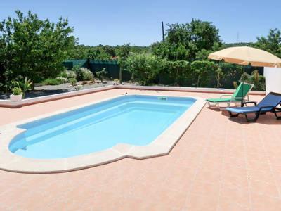 Ferienhaus mit Pool (EOI130)