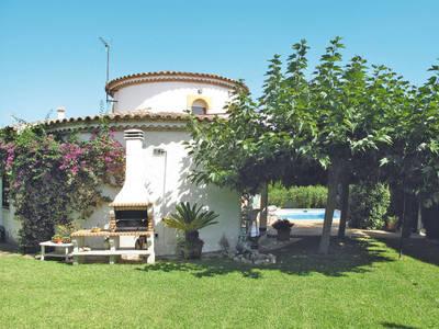 Ferienhaus mit Pool (RDB120)