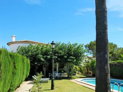 Ferienhaus mit Pool (RDB121)