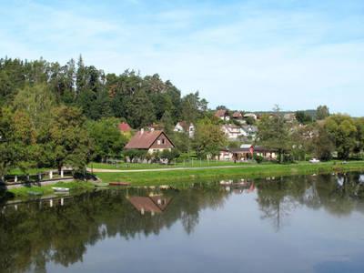 Ferienhaus am Fluss (KNI100)