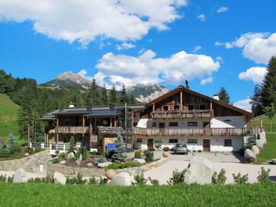 Alpine Mountain Chalet (VGI167)