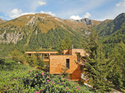 Gradonna Mountain Resort (KAX101)