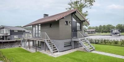 Landal Waterpark Sneekermeer | 4-6-persoons waterwoning - comfort | type 4-6C | Terherne, Friesland