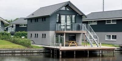 Landal Waterpark Sneekermeer | 6-persoons waterwoning - comfort | type 6C1 | Terherne, Friesland