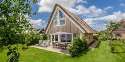 Landal Waterpark Terherne | 8-persoons waterwoning - comfort | type 8C2 | Terherne, Friesland