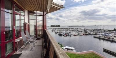Landal Waterparc Veluwemeer | 10-persoonsvilla - luxe | Type 10FL1 | Biddinghuizen, Flevoland