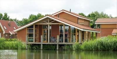 Landal Waterparc Veluwemeer | 10-persoonsvilla - luxe | Type 10FL2 | Biddinghuizen, Flevoland