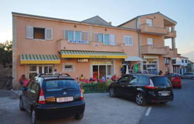 Vakantiehuis In Zadar-Razanac (Cdz175)