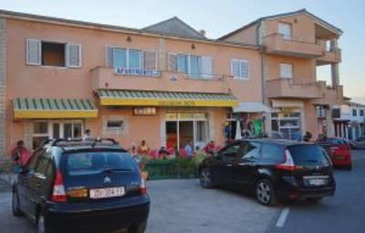 Vakantiehuis In Zadar-Razanac (Cdz174)