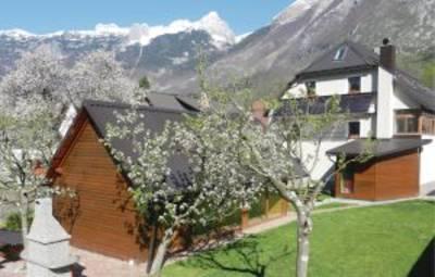 Vakantiehuis In Bovec (Ser001)