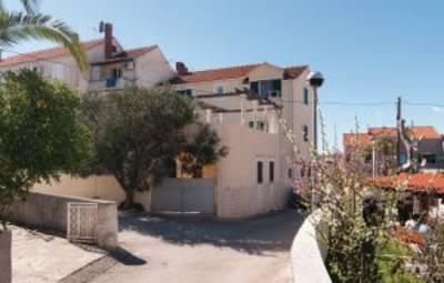Vakantiehuis In Brac-Supetar (Cdb442)