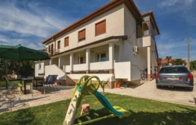 Vakantiehuis In Koper-Pobegi (Scr154)