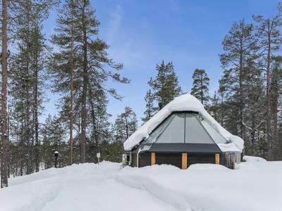 Arctic light hut, kakslauttanen