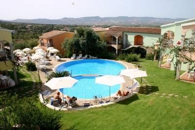 Prachtig vakantiehuis in Badesi, Sardinie