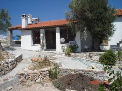 Natuurhuisje in Road mitilinioi vilage toward monastry agia triada37.713564, 26.919751