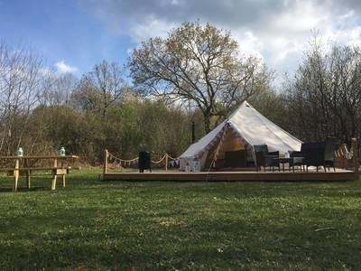 Fonclaire Holidays - Meadow View Glamping Luxury Camping Tent