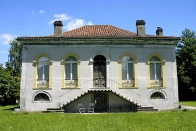 Le petit chateau Pradias