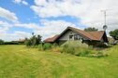 Ontspannen vakantiehuis in Skibby midden in de natuur