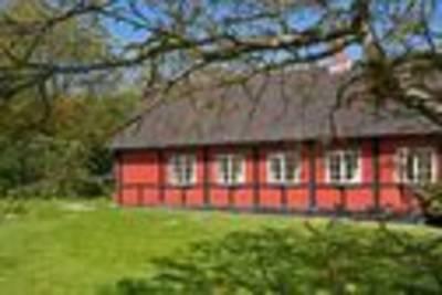 Retro vakantiehuis in Allinge midden in de natuur