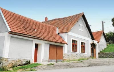 Vakantiehuis In Konopiste U Vlach.Brezi