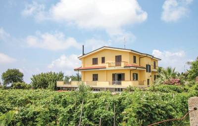 Vakantiehuis In Brattirò
