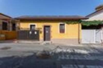 La Villetta Green House