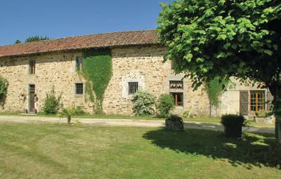 Vakantiehuis In St. Leonard De Noblat
