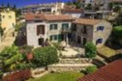 Casa Batana