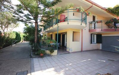 Vakantiehuis In Briatico (Ikk142)