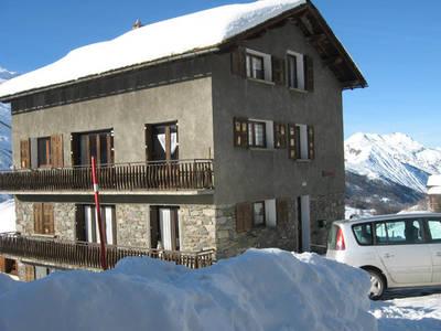 Chalet-appartement Le Genepi combinatie 4 + 6-8 persoons appartement - 10-12 personen