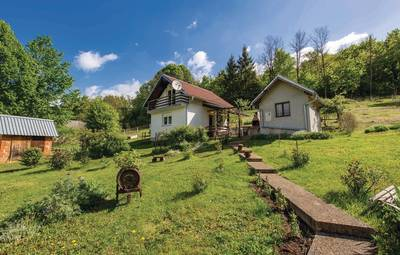 Vakantiehuis In Lika-Kaluderovac